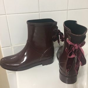 Nine West Rain Boots with velvet tie detail